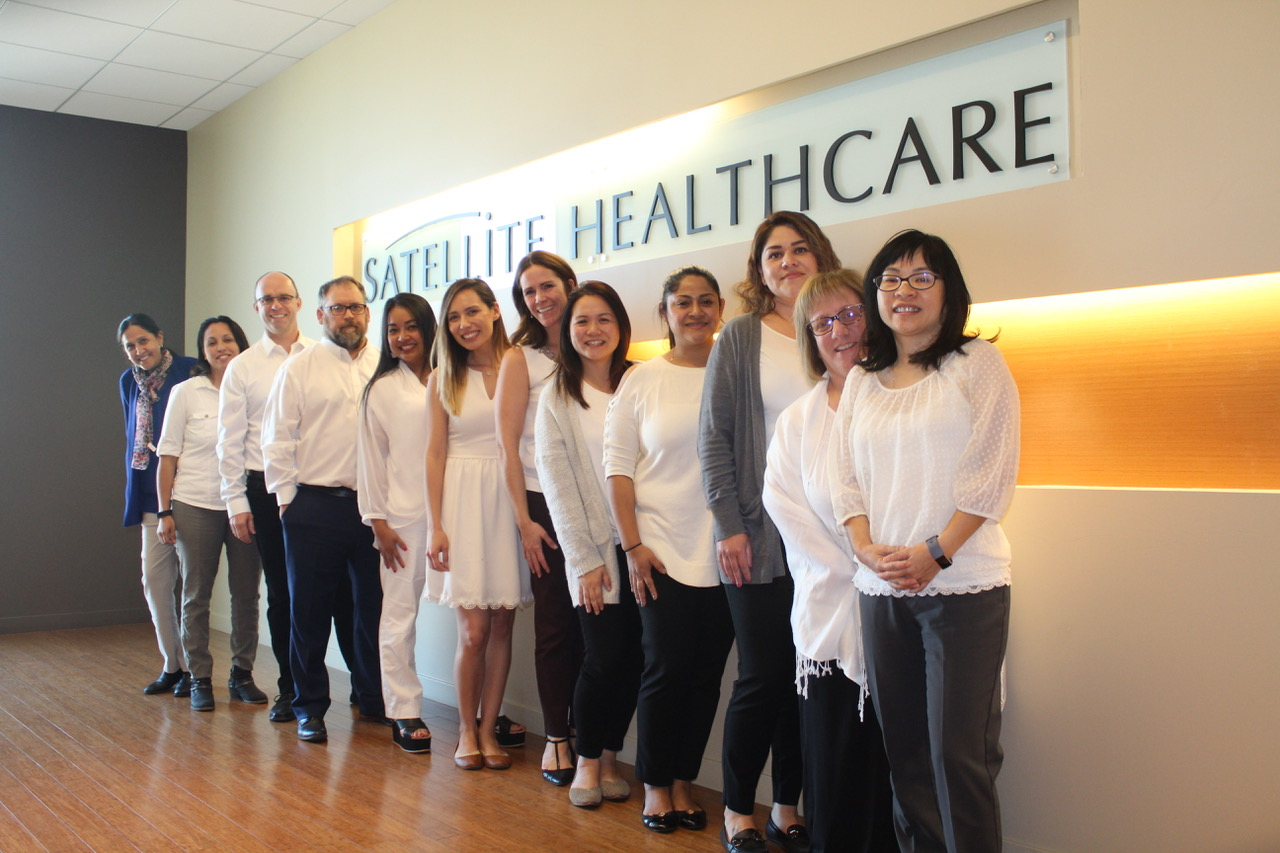 Group photo of all Satellite Healthcare social workers